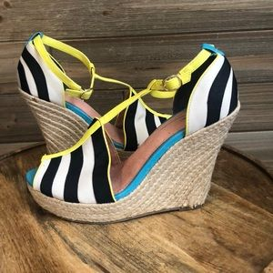 ❤️Seychelles Blue and White Espadrille Size 7.5 ❤️